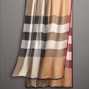 ** SOLD** BURBERRY LIGHTWEIGHT CHECK SILK SCARF